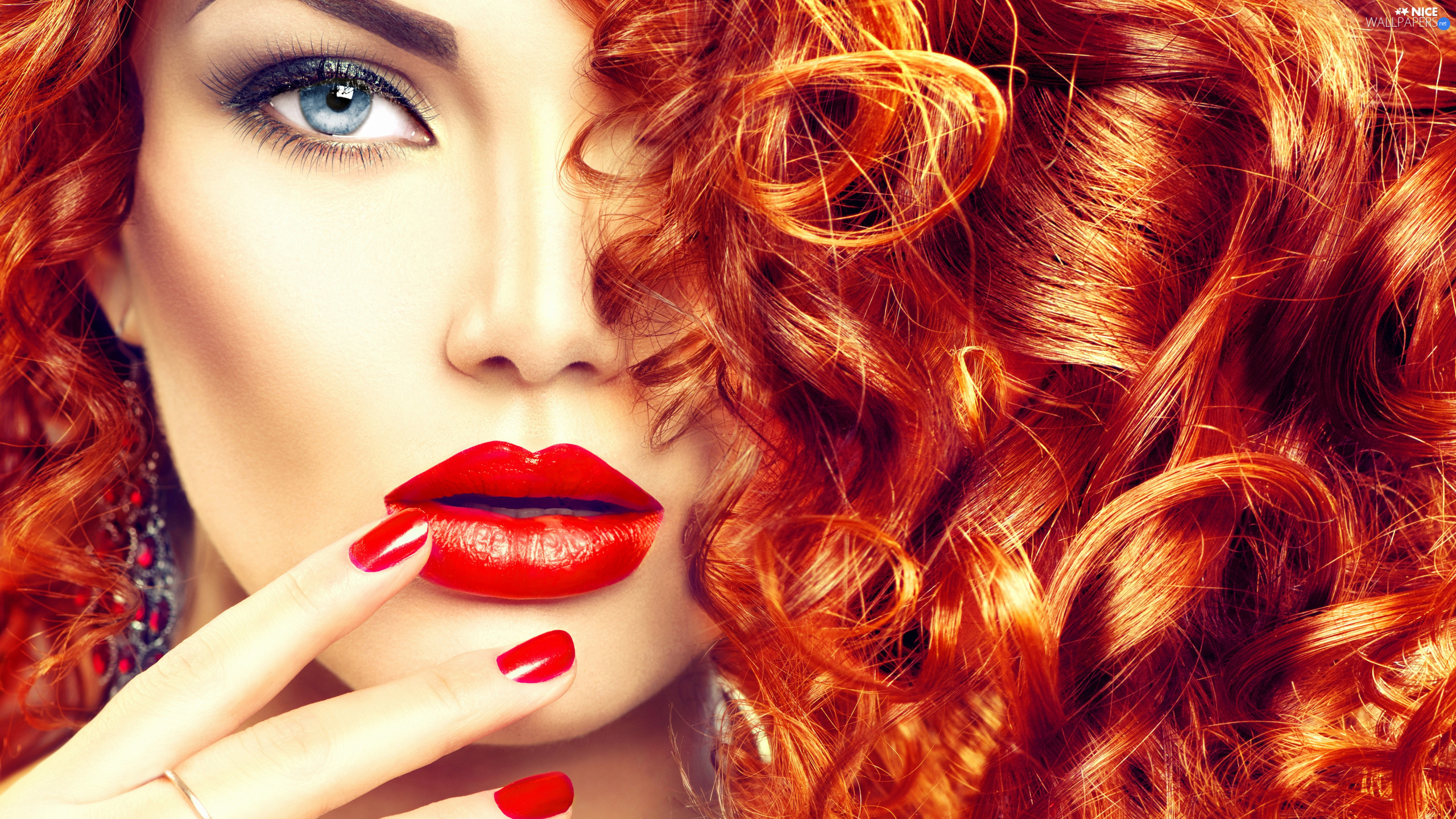 Hair, Women, make-up, Manicure, curls, red head